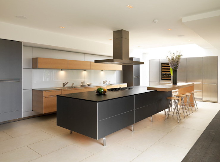 Totteridge Modern kitchen by Gregory Phillips Architects Modern
