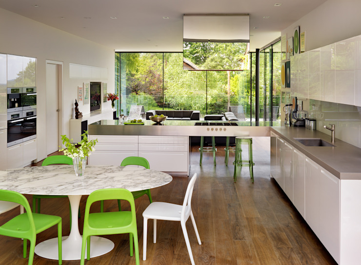 Guildford Modern dining room by Gregory Phillips Architects Modern