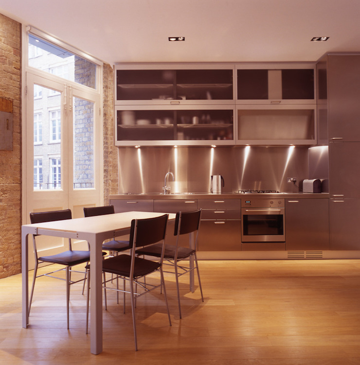 Shoreditch Modern kitchen by Gregory Phillips Architects Modern