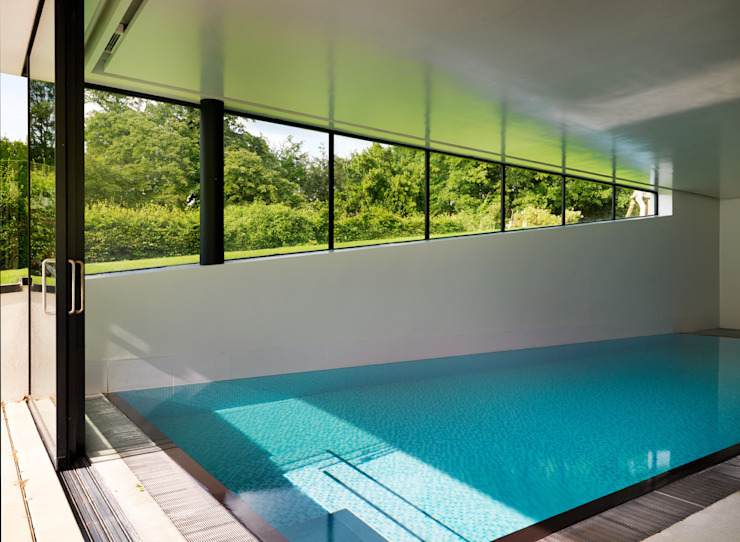 Guildford Piscinas modernas por Gregory Phillips Architects Moderno