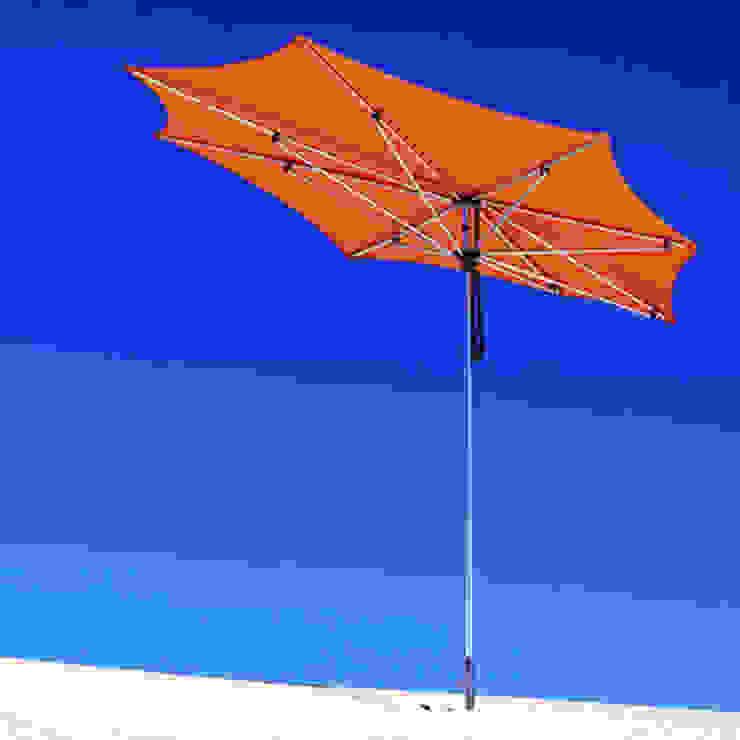 Tuuci Sonnenschirme: modern  von Brandstores - das Markenmöbel Portal,Modern