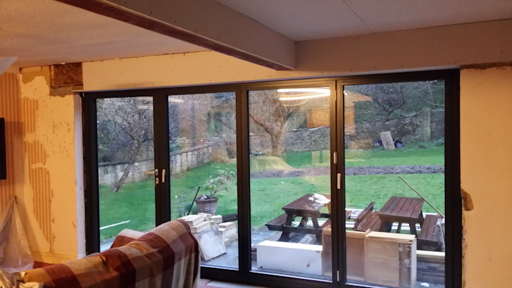 Extension to Vallis, Lyncombe Vale, Bath Modern conservatory by BPM Maintenance Modern