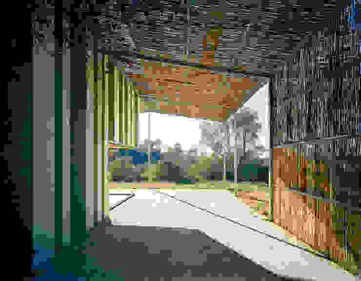 Jardines de estilo  por Anna & Eugeni Bach,