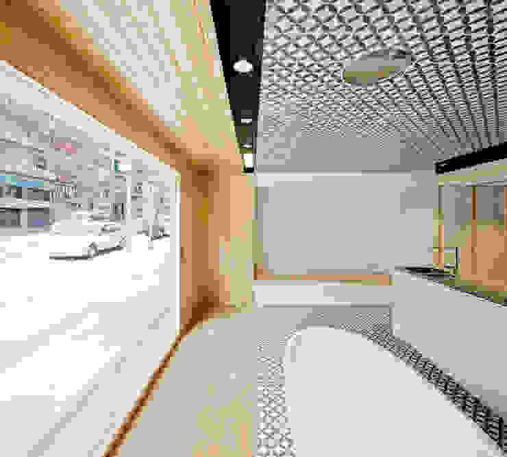 Entrada Oak Showroom Oficinas y tiendas de Anna & Eugeni Bach