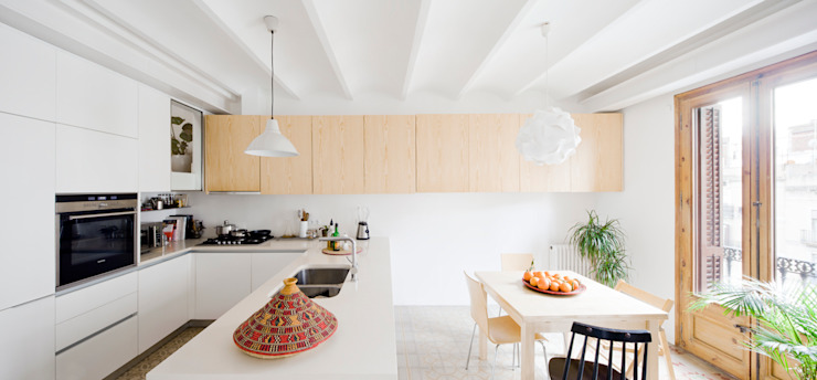 Kitchen by Anna & Eugeni Bach,