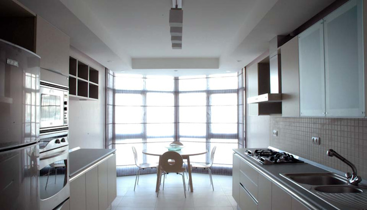 Cocinas de estilo moderno de Nurettin Üçok İnşaat Moderno