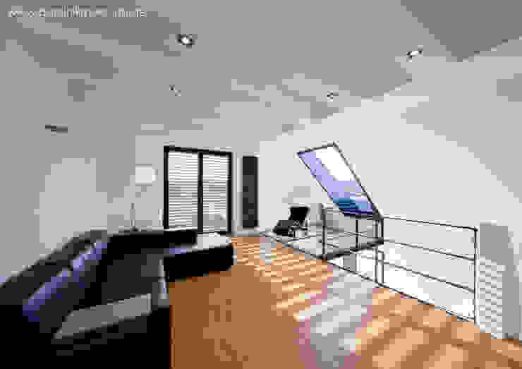Modern Living Room by Architekturbüro Ferdinand Weber Modern