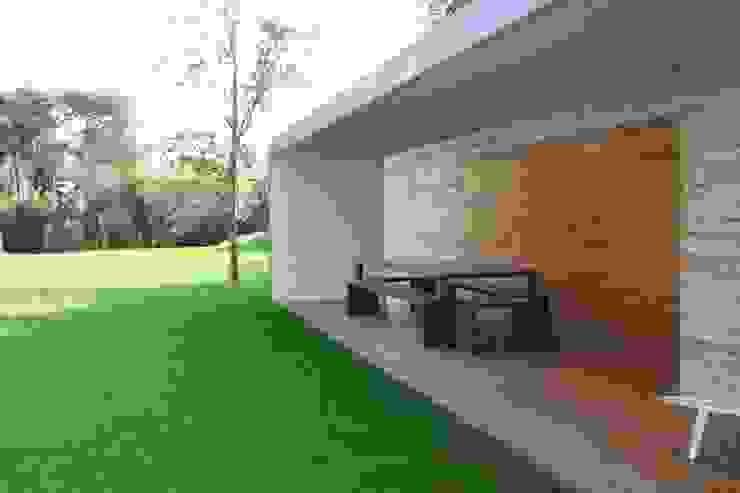 Moderne Häuser von Garbarino Rusin Architects Modern