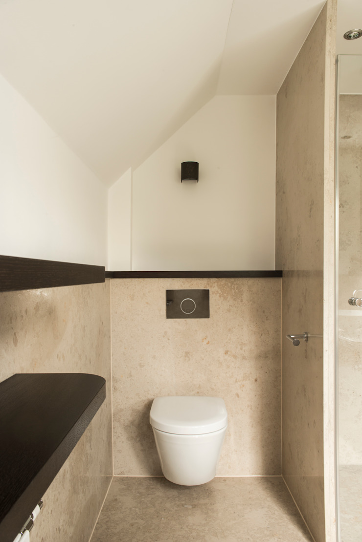 Baños de estilo moderno de Pientka - Faszination Naturstein Moderno