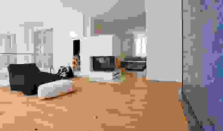 umbau und sanierung eines stadthauses in stadtamhof, regensburg Moderne Wohnzimmer von Architekturbüro Ferdinand Weber Modern
