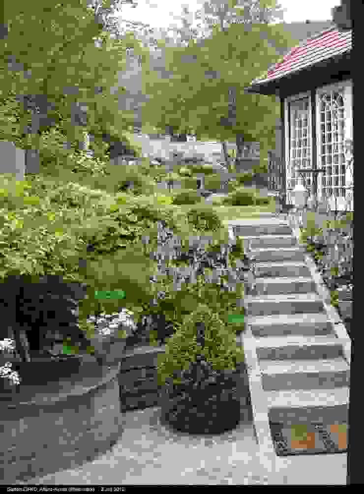 KAISER + KAISER - Visionen für Freiräume GbR Jardines de estilo clásico