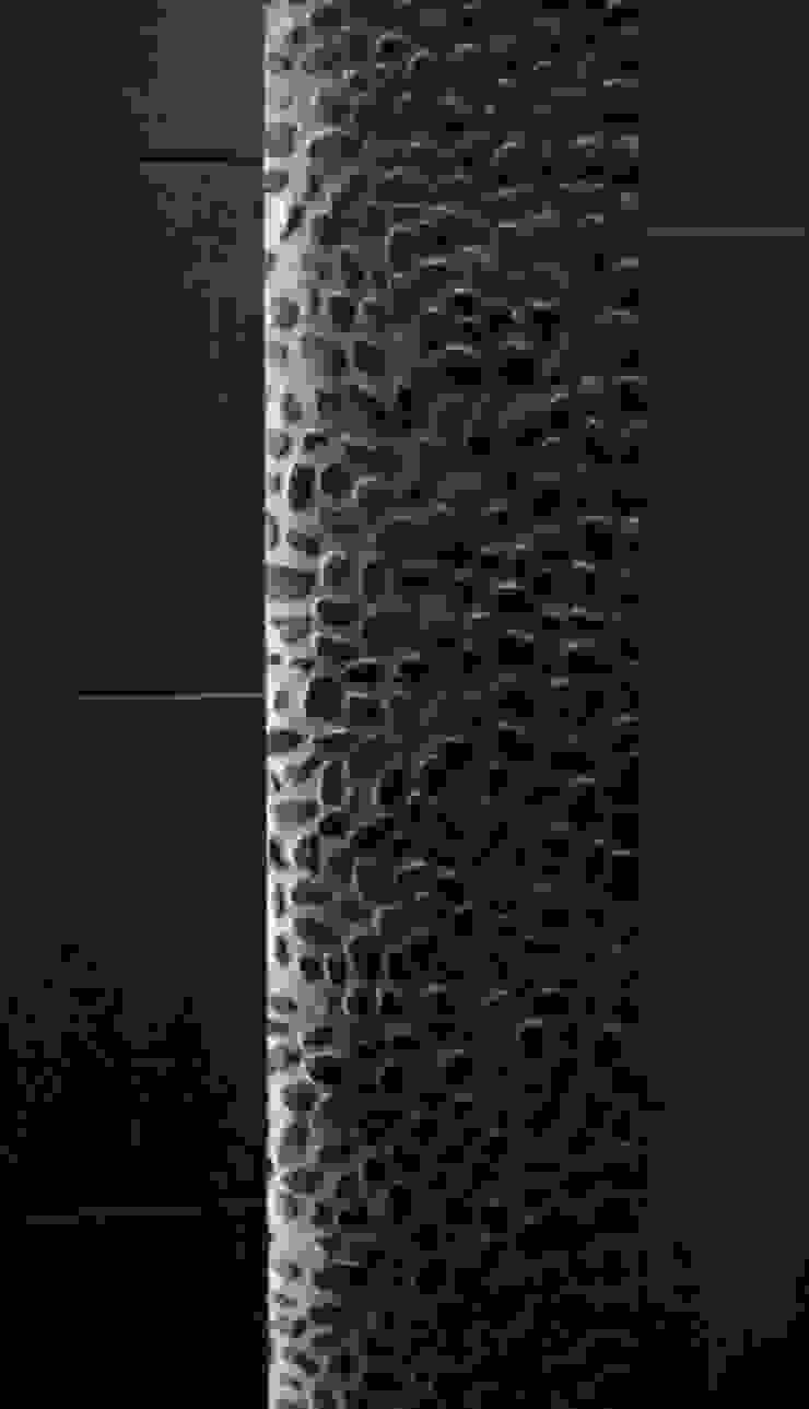 Jeu de lumière sur galet noir par Philippe Ponceblanc Architecte d'intérieur Moderne