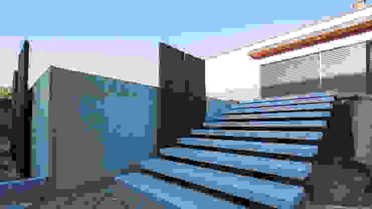 Escalier granite design par Art Bor Concept Moderne