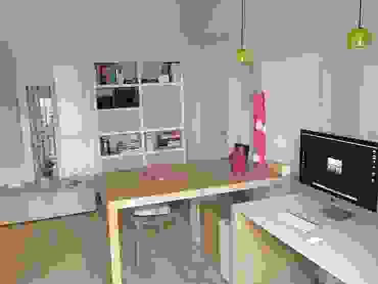 _Studio Case moderne di Idealarchitecture Moderno