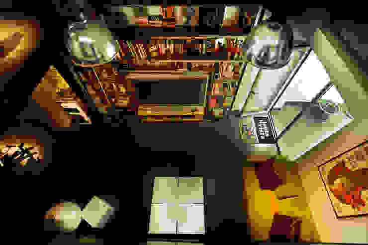Reforma de un despacho profesional para un actor Pablo Echávarri Arquitectura Salones de estilo industrial