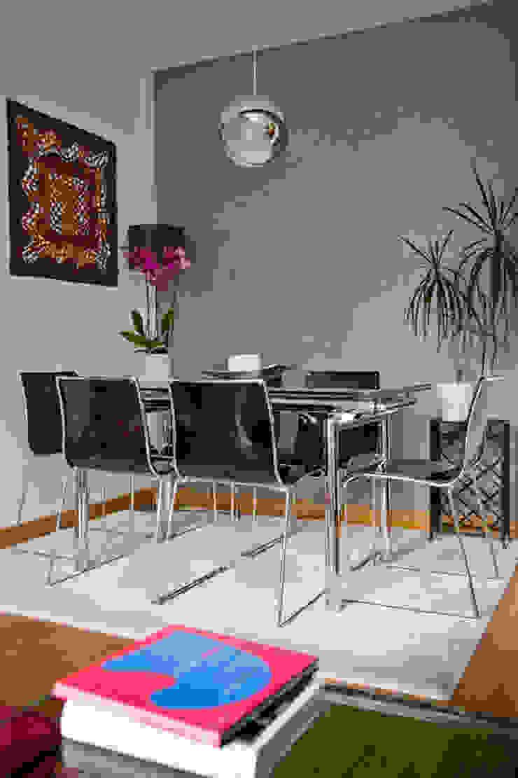 Vivienda en Madrid Comedores de estilo moderno de www.rocio-olmo.com Moderno