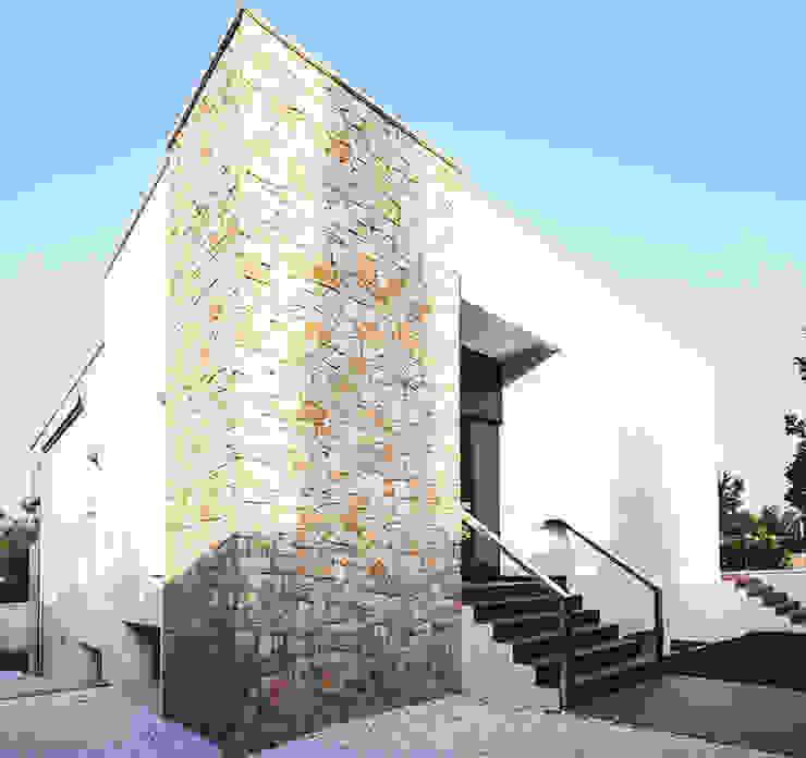 Chiralt Arquitectos Modern houses