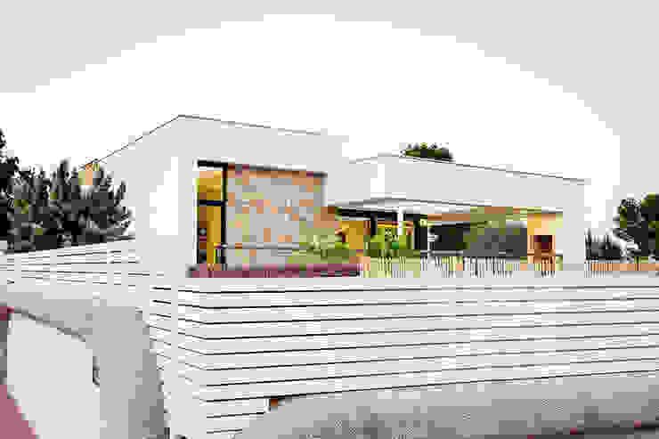 Modern home by Chiralt Arquitectos Modern