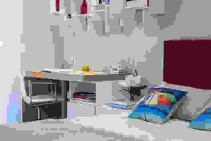 Quarto infantil minimalista por Urbana Interiorismo Minimalista