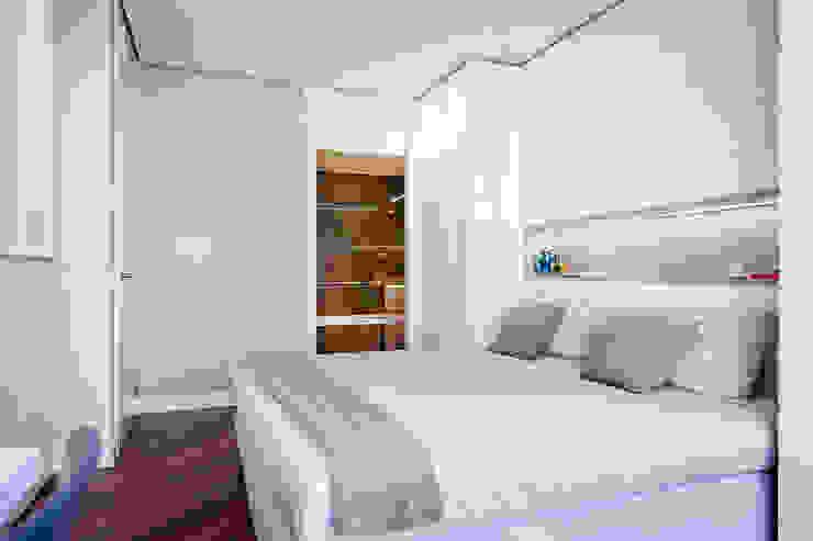 Vivienda en Plaza Euskadi Nº9, Bilbao. Dormitorios de estilo minimalista de Urbana Interiorismo Minimalista