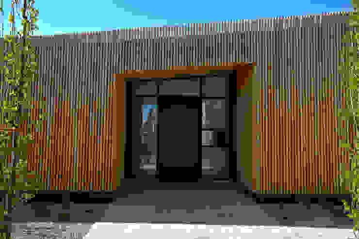 Casas de estilo mediterráneo de vollmilch. Das Architekturbüro. Mediterráneo
