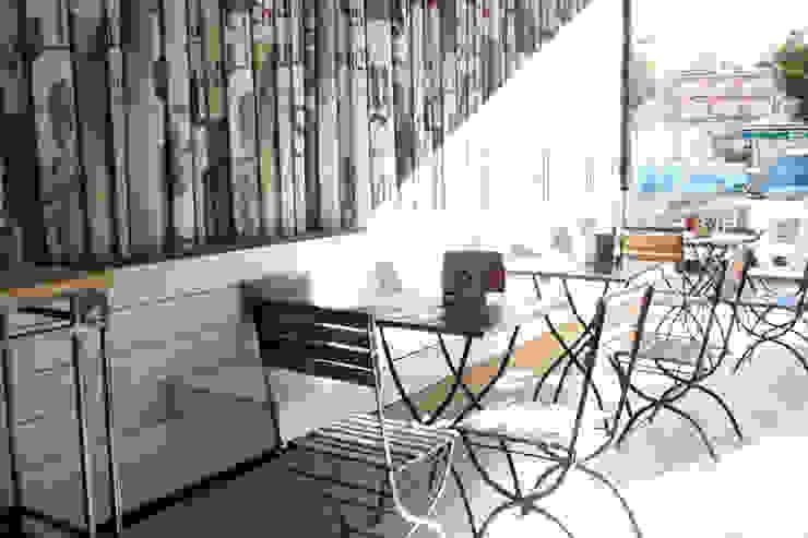 Una panadería de mucho etilo de Estudio Sergio Castro arquitectura Ecléctico