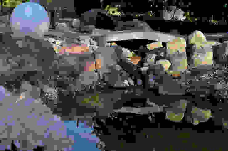 Bachlauf Klassischer Garten von Oswald Gärten Klassisch