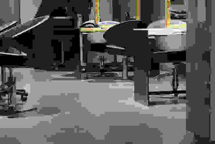 Kundenbereich Friseursalon: industriell  von hysenbergh GmbH | Raumkonzepte Duesseldorf,Industrial