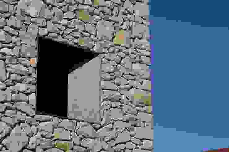 Weenkend pavilion de Borja Garcia Studio Rural