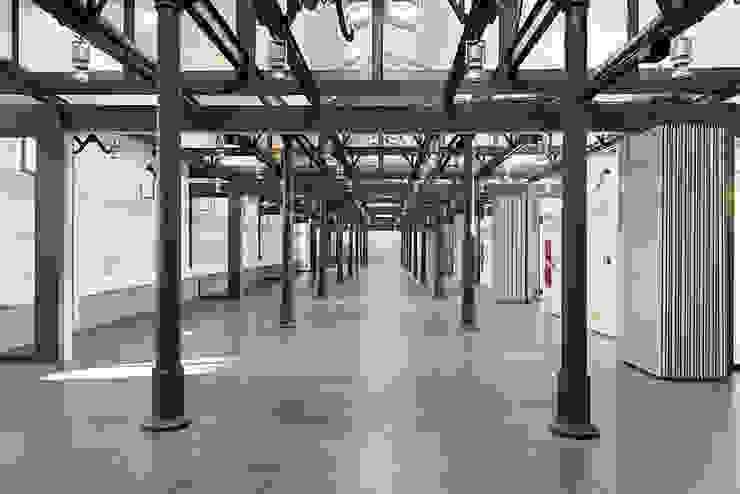 Industriale Ladenflächen von Insula architettura e ingegneria srl Industrial