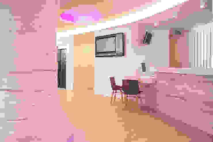 Hotel Ambassador Hoteles de estilo ecléctico de Oscar Vidal Studio Ecléctico