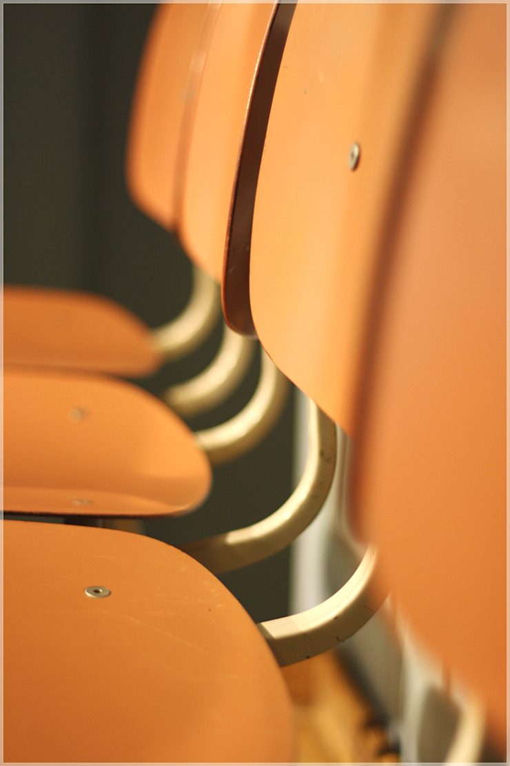Möbel/Revolt Chair. von func. functional furniture Minimalistisch