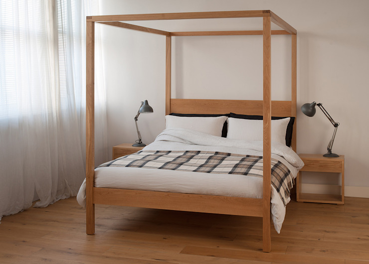 Orchid Four Poster de Natural Bed Company Moderno