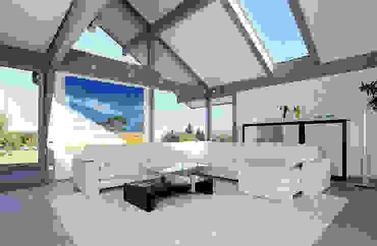 Modern living room by DAVINCI HAUS GmbH & Co. KG Modern