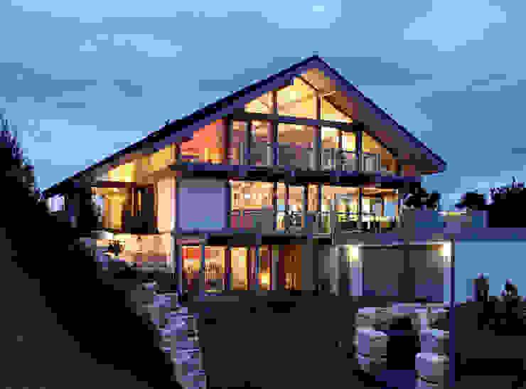 Satteldachhaus in Hannover Moderne Häuser von DAVINCI HAUS GmbH & Co. KG Modern