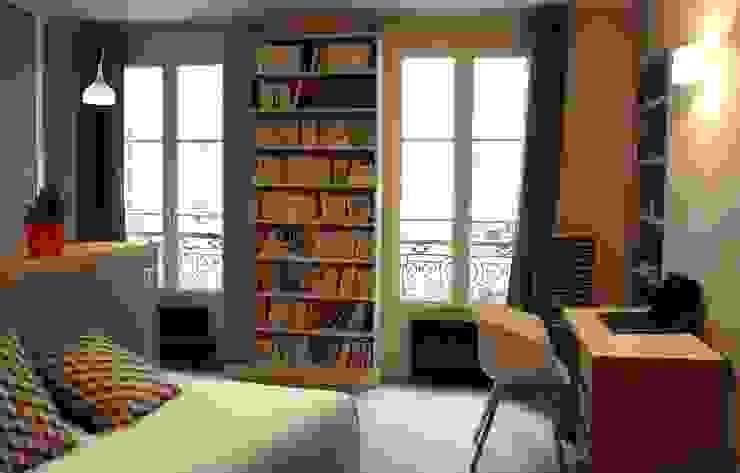 Livings modernos: Ideas, imágenes y decoración de Agence KP Moderno Tablero DM