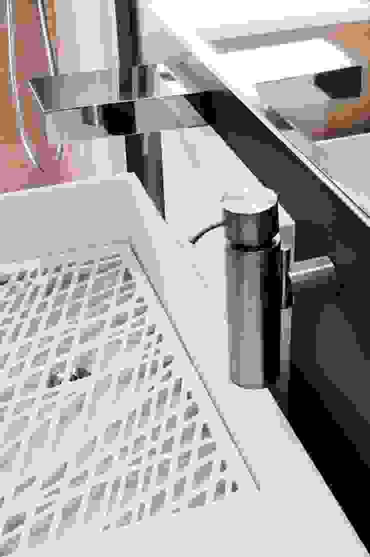 Modern kitchen by Carmela Fasano Photographer Modern