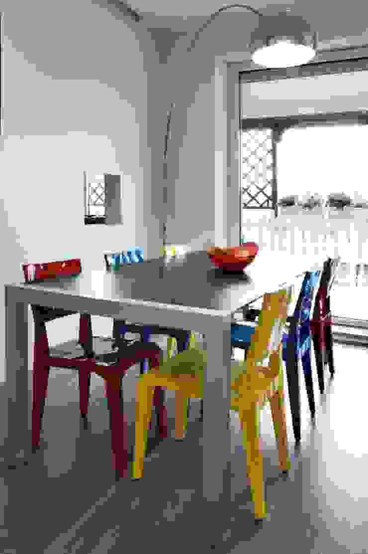 Modern dining room by Carmela Fasano Photographer Modern