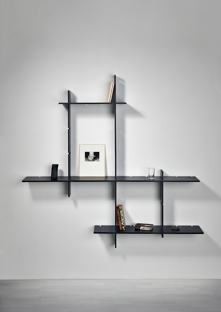 Delica Living roomShelves