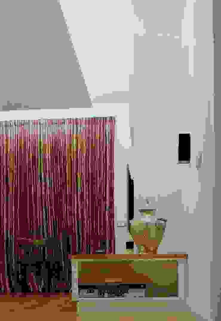 Ristrutturazione appartamento. Roma 2012 di AMNstudio