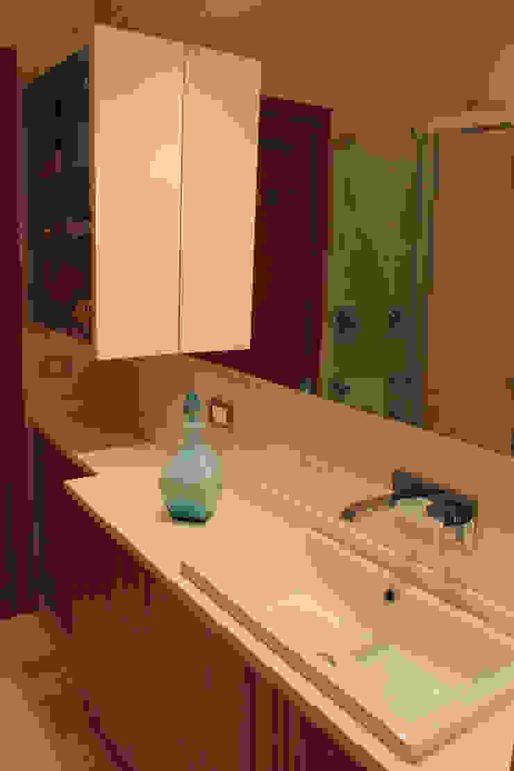 Ristrutturazione appartamento. Roma|2013 di AMNstudio Moderno