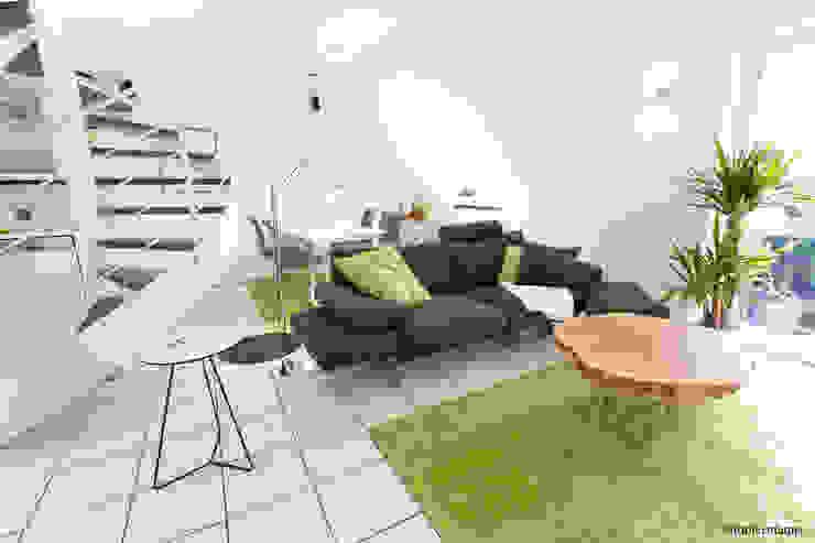 Moderne Maisonette Wohnung Moderne Wohnzimmer von Zimmermanns Kreatives Wohnen Modern