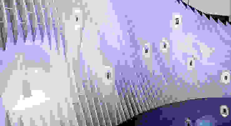 YOTA DEVICES PAVILION, MOBILE WORLD CONGRESS, 2014 Diseño de ferias de EXTERNAL REFERENCE ARCHITECTS