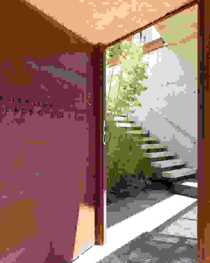 House at Tamariu de Octavio Mestre Arquitectos