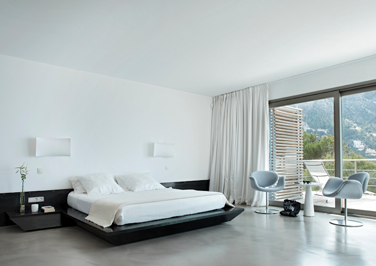 House at Andratx Minimalist bedroom by Octavio Mestre Arquitectos Minimalist