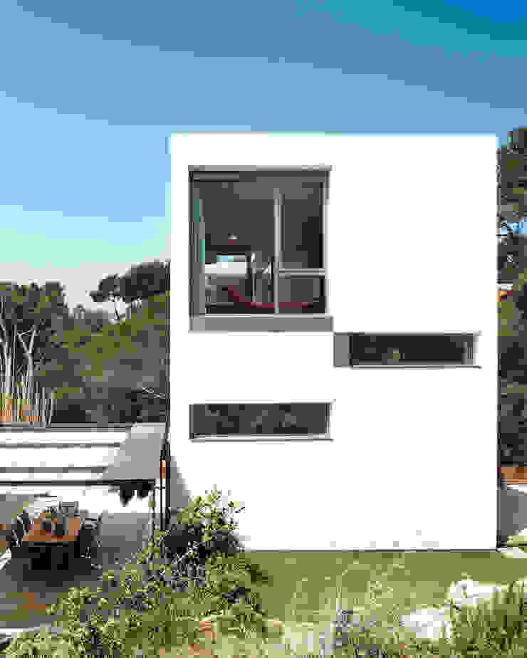 House at Tamariu Casas de Octavio Mestre Arquitectos