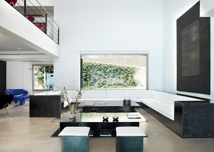 Casa en Andratx Salones de estilo minimalista de Octavio Mestre Arquitectos Minimalista