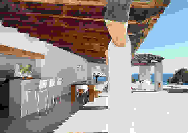 House at Andratx Minimalist Balkon, Veranda & Teras Octavio Mestre Arquitectos Minimalist