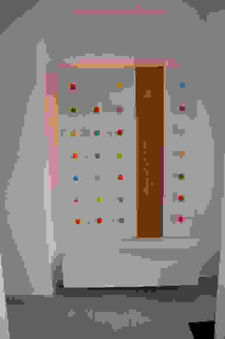 """Designgardrobe Punkt """"Made by Tricfrom"""" Moderne Kinderzimmer von tricform Modern"""