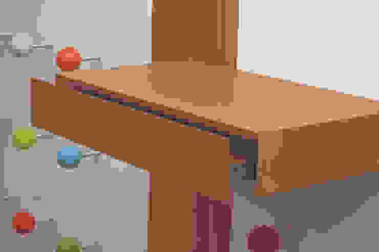 Garderobe für Kinder by Tricform Moderne Ankleidezimmer von tricform Modern